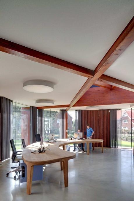 Дом Врибург (Huize Vreeburg) в Голландии от Hilberinkbosch Architecten.