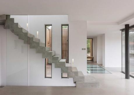 Вилла Чиберта (Villa Chiberta) во Франции от Atelier Delphine Carrere.