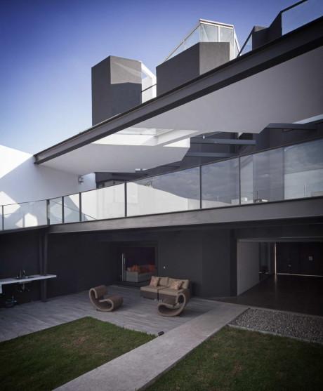 Реконструкция городского дома в Мексике