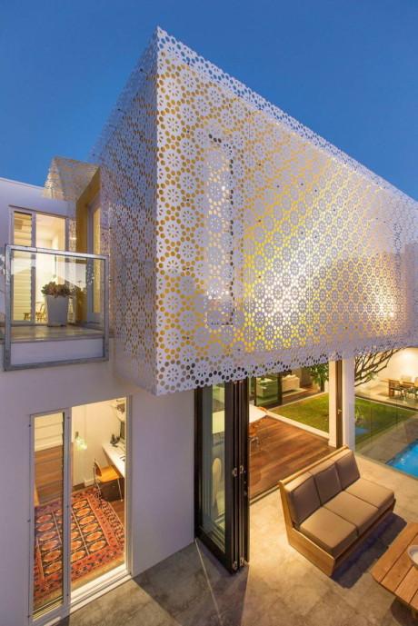 Дом с декоративным экраном в Австралии