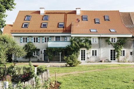 Дом Моренвайс (Moorenweis) в Германии от Buero Philipp Moeller.