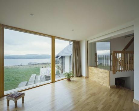 Дополнение к коттеджу (Plug-in Cottage) в Ирландии от MacGabhann Architects.