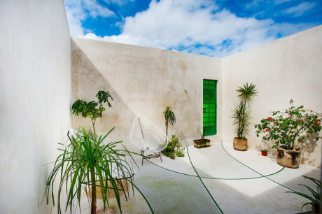 Дом на узком участке в Мексике