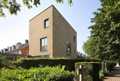 Кирпичный дом в Голландии