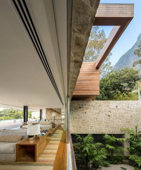 Дом AL (Casa AL) в Бразилии от Studio Arthur Casas.