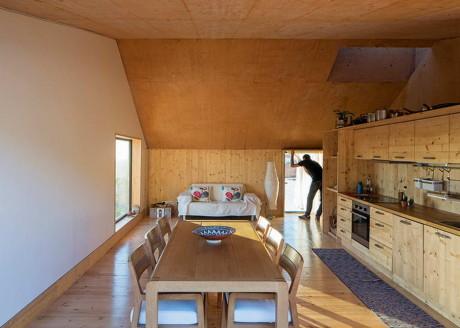 Бетонный дом (Concrete House) в Португалии от Paratelier.