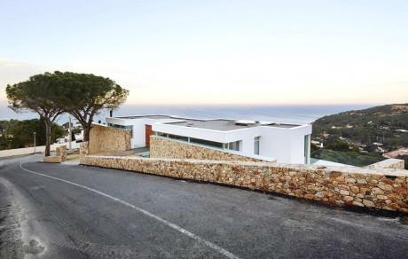 Дом у дороги в Испании