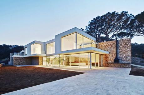 Дом Juncal & Rodney (Juncal & Rodney Home) в Испании от Pepe Gascon Arquitectura.