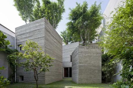 Дом для деревьев (House for Trees) во Вьетнаме от Vo Trong Nghia Architects.