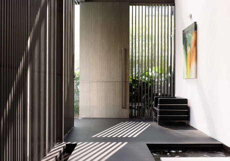 """Дом """"Вертикальная прогрессия"""" (Vertical Progression) в Сингапуре от Hyla Architects."""