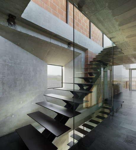 Дом Виндсерфер (Windsurfer House) в Испании от Xpiral.