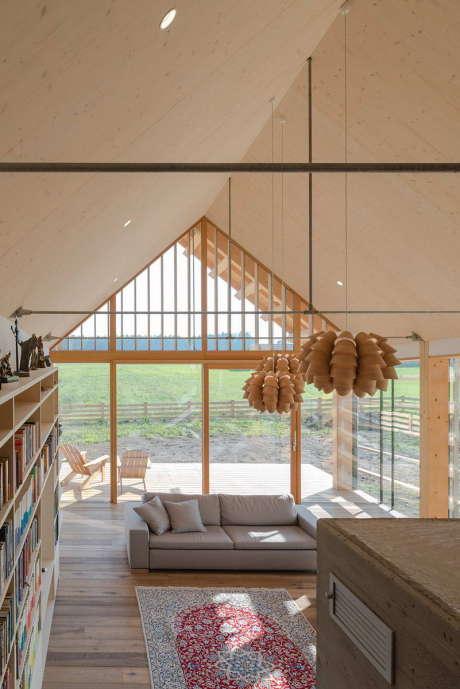 Дом для лучших лет (A House for the Best Years) в Словении от Biro Gasperic.
