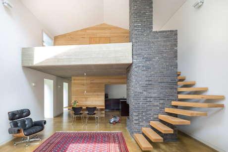 """Дом """"Чёрный лес"""" (Black Forest) в Германии от Stocker Dewes Architekten."""