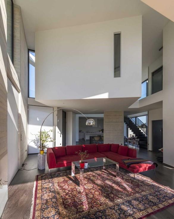 Paradox House 14