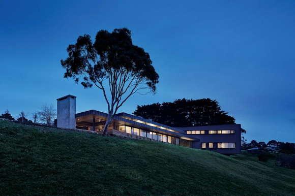 Дом на холме в Австралии
