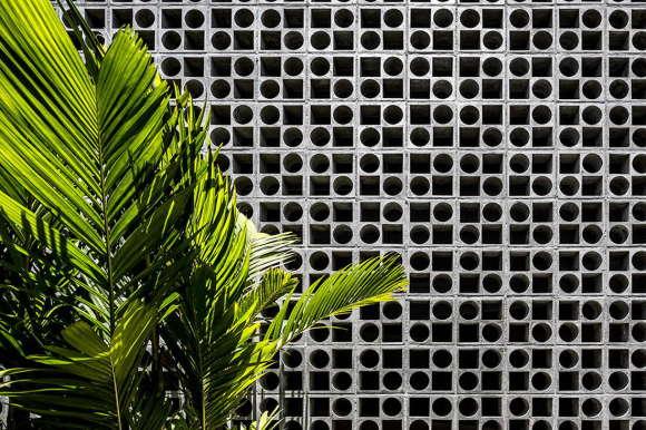 Дом Б+Б (Casa B+B) в Бразилии от Studio MK27 и Galeria Arquitetos.