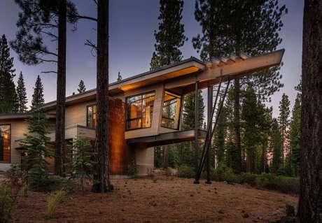 Дом Полёт (Flight House) в США от Sage Architecture.
