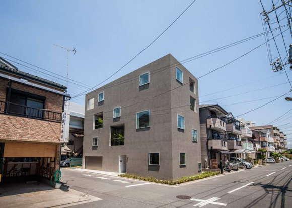 Городской дом с садами в Японии