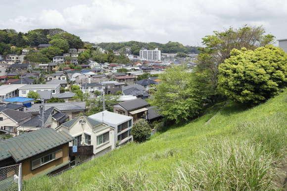 Дом в Byoubugaura (House in Byoubugaura) в Японии от Takeshi Hosaka.