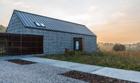 Дом из габионов в Польше