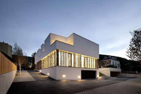 Трёхквартирный дом в Австрии