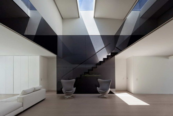 Balint House 10