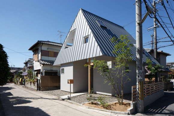 House AA 6
