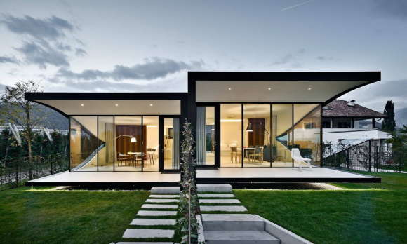 Зеркальные дома в Италии