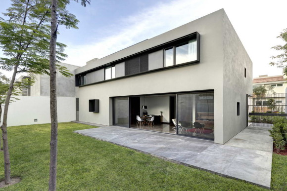 OVal House 3
