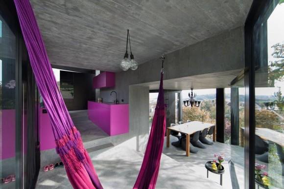 Стеклянный дом в Швейцарии