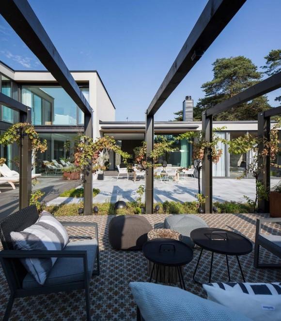 Вилла J (Villa J) в Швеции от Johan Sundberg Architecture.