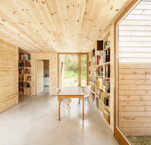 Модульный деревянный дом в Испании