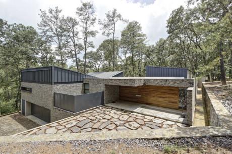 Каменный дом в Мексике