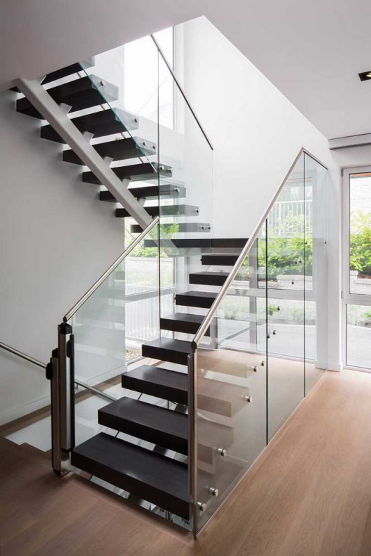 Mathers Avenue Residence 6