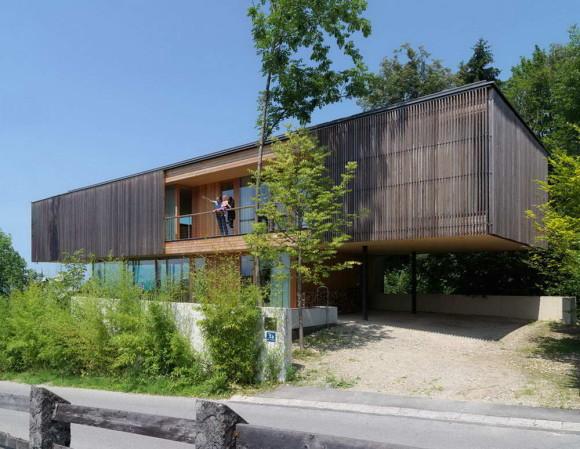 Дом на горе (Haus am Berg Isel) в Австрии от Elmar Ludescher.