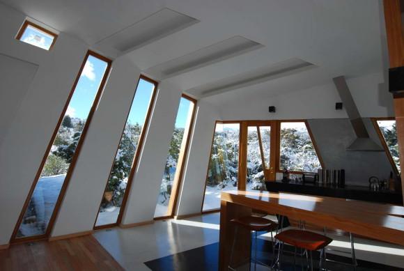 Дом-лента (Ribbon House) в Аргентине от G2 Estudio.