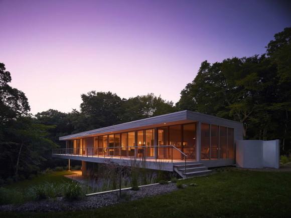 Деревянный эко-дом (Green Woods House) в США от Stelle Lomont Rouhani Architects.