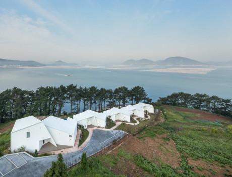 Пять белых домов в Южной Корее