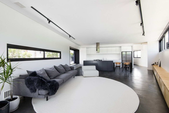 Mount Lawley House 10