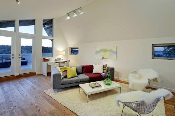 Net Zero Reclaimed Modern Home 12