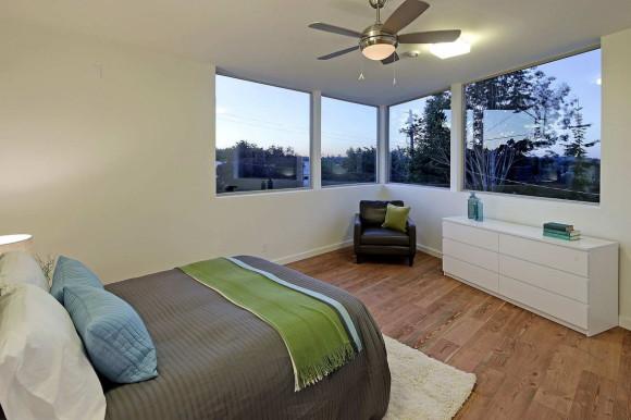 Net Zero Reclaimed Modern Home 17