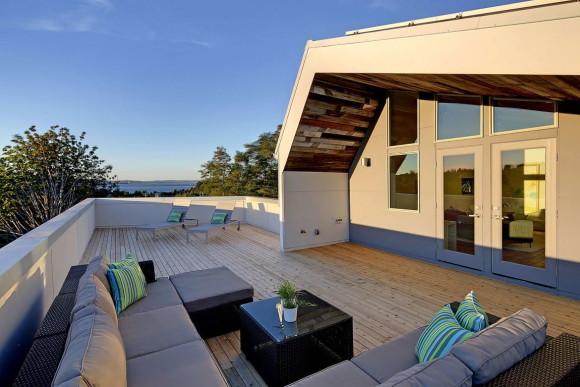 Net Zero Reclaimed Modern Home 5