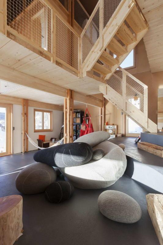 Дом в Л'Аббеи (Home in LAbbaye) в Швейцарии от Kunik de Morsier architectes.