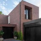 Дом Макилурик-стрит (McIlwrick Street Residences) в Австралии от B.E. Architecture.