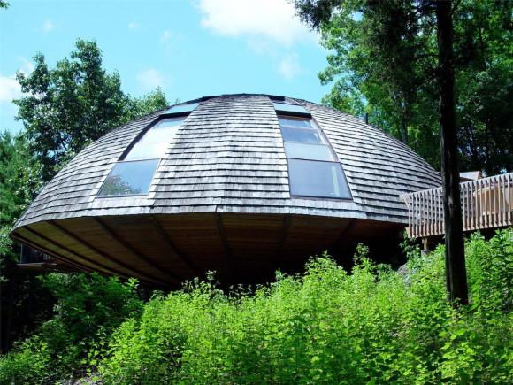 House Shaped Like a Flying Saucer 5