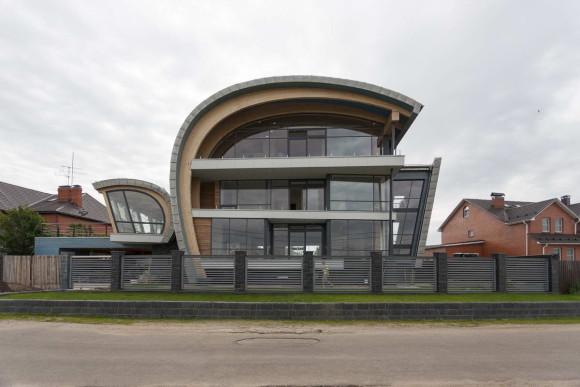 House X 6