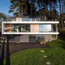 Дом в Крозоне (House in Crozon) во Франции от Agence d'architecture Pierre-Yves Le Goaziou.
