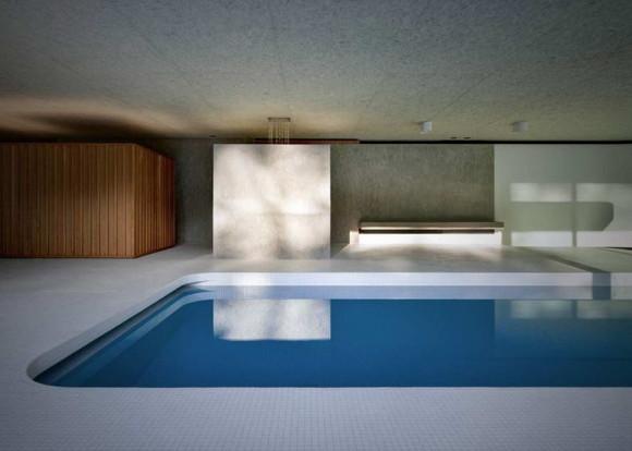 Swimming Pool 13
