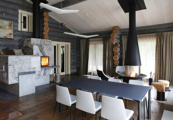 Wooden Cottage 7
