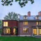 Резиденция на Fayerweather St. (Fayerweather Street Residence) в США от Stern McCafferty.